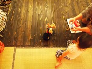 知多市河合邸(リビングと子ども)